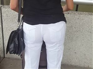 Hot milf in transparent pants at FLL airpot part 3