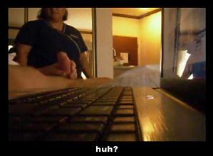 paja a mucama de hotel